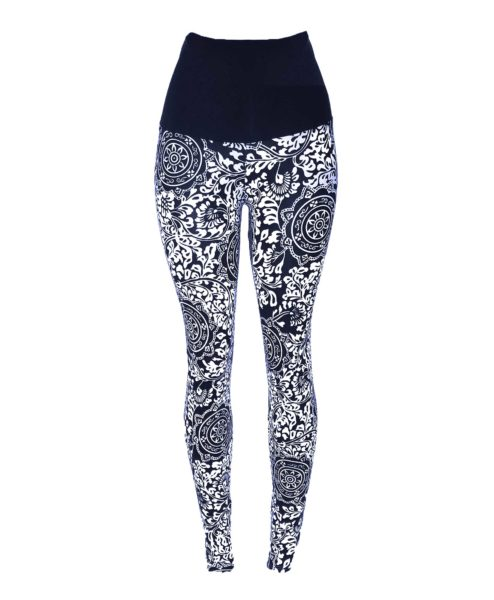 Stunning yogawear printed leggings made with Brazilian supplex. Figure-sculpting statement leggings in a stunning print. From our popular yoga range.