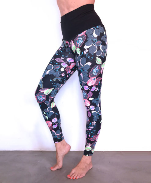 Ethical Yogawear leggings by Posto9