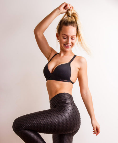 Wet look Leggings. Ethically made Posto9 Brazilian Yoga wear leggings and tops