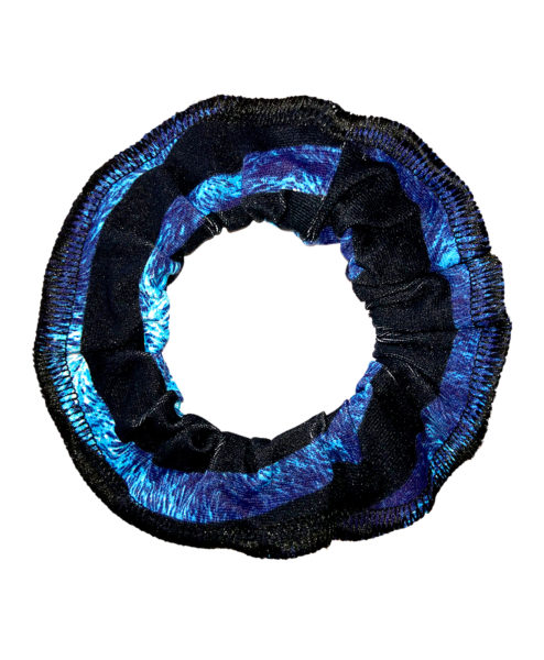 Posto9 hair scrunchies. Channel the 90s and be kind to your hair. Ethically made scrunchie from premium Brazilian Supplex. Great value and has matching leggings