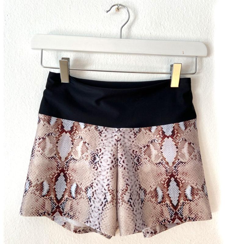 Posto9 high waist snake print shorts